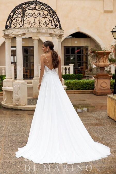 Schlichte Hochzeitskleider weißes Kleid bauschig