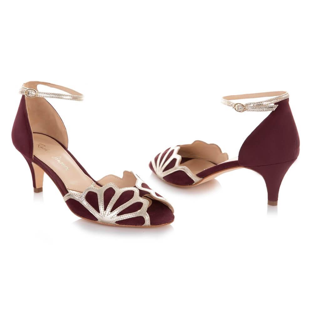 Rote Schuhe für Brautkleid